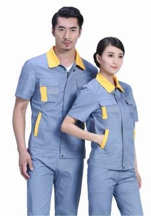 口袋设计在工装定做中也是非常重要的