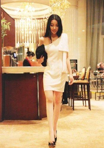 女孩怎样如何穿衣打扮让自己变身成为白富美?